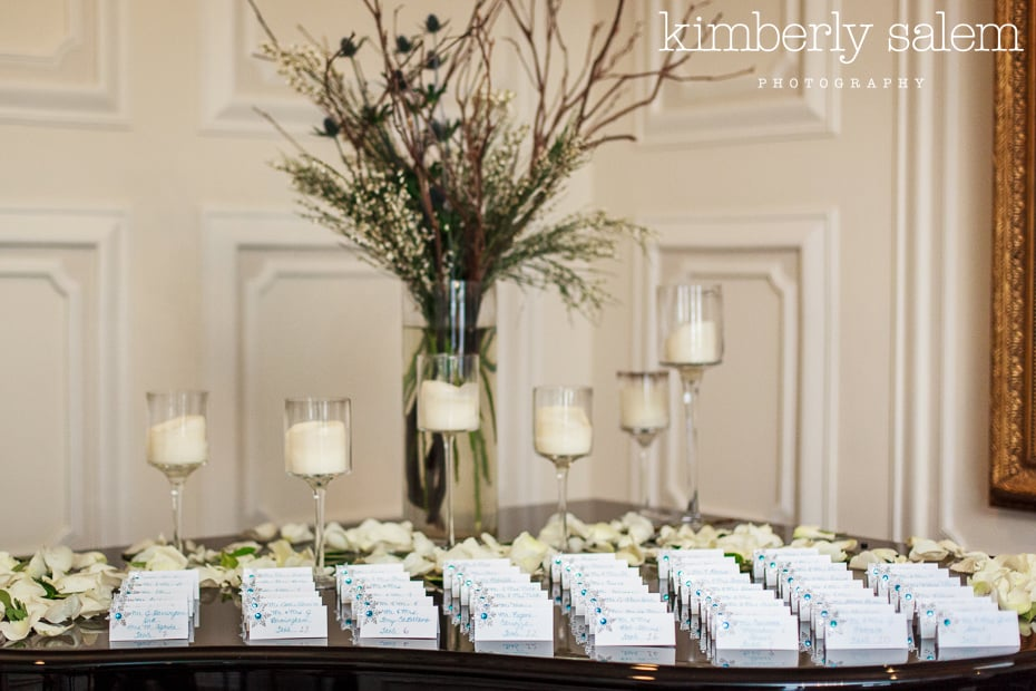 seating card table setup