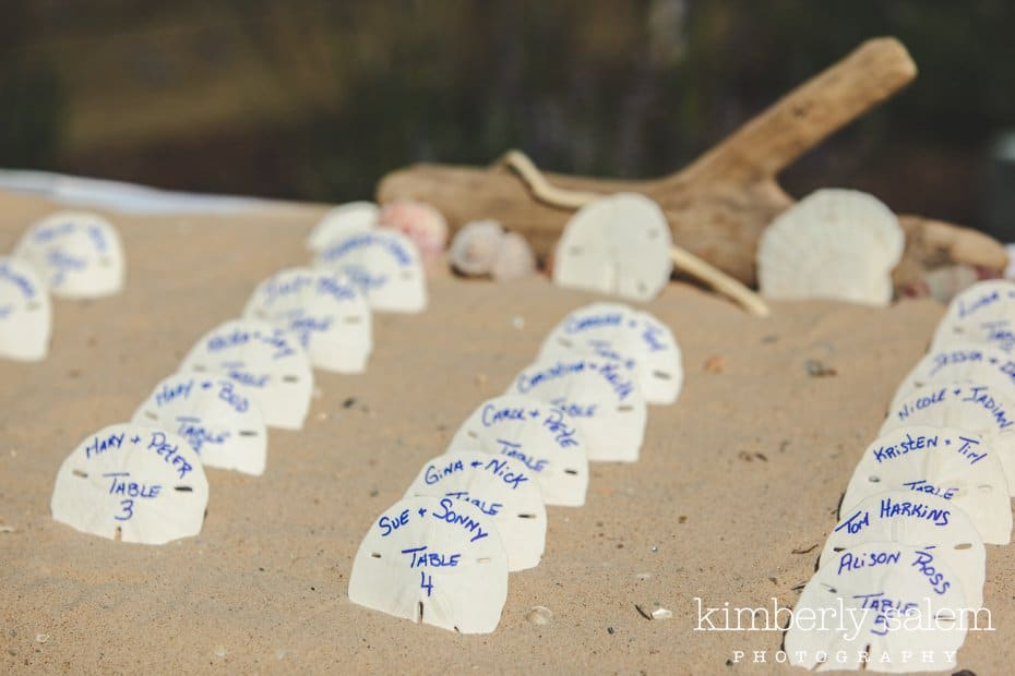 sand dollar placecards for beach themed wedding